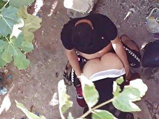 Bahcede Gizlice Seks Yapan Turk Sevgililer