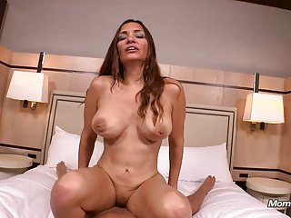 42 YEAR OLD TAKES ANAL AND MASSIVE FACIAL