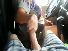 my aunt gave me handjob while he's driving.....